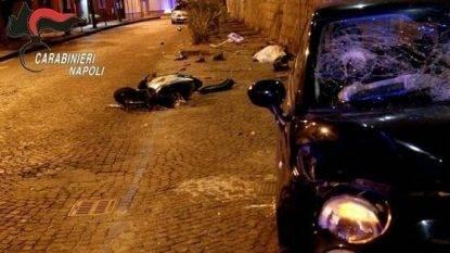 Gara fra auto, 21enne travolge e uccide un netturbino che stava andando al lavoro