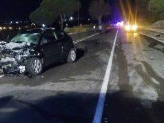 Scontro fra auto, morti due giovani: avevano solo 17 e 18 anni. Tre ragazzi feriti