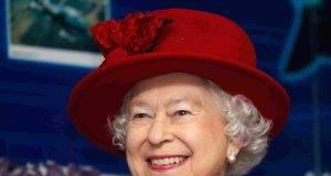 """""""Ha solo due anni"""", secondo i tabloid inglesi"""