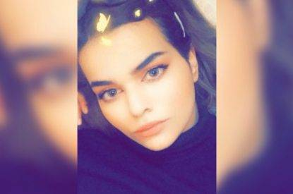 """18enne saudita lascia l'Islam e fugge barricandosi in albergo. """"Se torno la mia famiglia mi ammazza"""""""