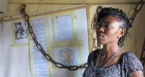 La storia di Blessing, l'ex vittima di tratta che si reca nei villaggi nigeriani per avvertire le ragazze
