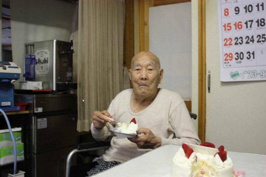 L'uomo più vecchio del mondo amava i dolci