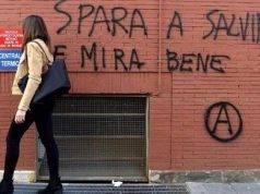 """""""Spara a Salvini e mira bene"""". Le minacce su un muro a Parma. Salvini: """"Istigazione a delinquere"""""""