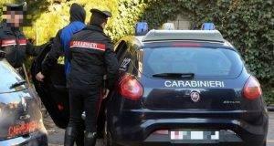 24enne viene rapinato da un marocchino: poche ore dopo si suicida gettandosi dal balcone