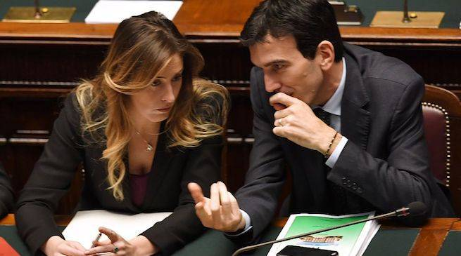 """Arresto Renzi, la teoria del complotto serpeggia nel PD: """"Dubbi sulla tempistica"""""""