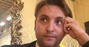 Enrico Esposito promosso al Mise come capo ufficio legislativo, scoppia la polemica per i tweet