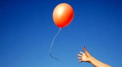 Giulia, 9 anni, festeggia San Valentino con il suo papà in cielo mandandogli un palloncino e una lettera -min