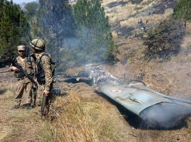 Il Pakistan abbatte due caccia indiani, sale la tensione con l'India: rischio escalation fra potenze nucleari