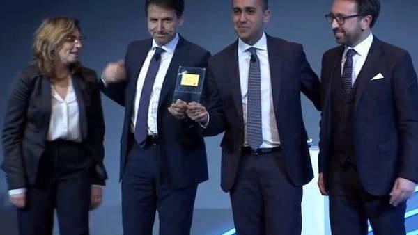 Il sito online e la card del Reddito di Cittadinanza presentati a Roma da Luigi Di Maio e Giuseppe Conte