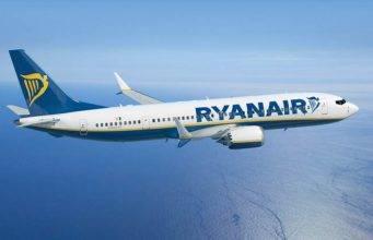 Invogliare le persone a volare abbassando i prezzi dei viagg