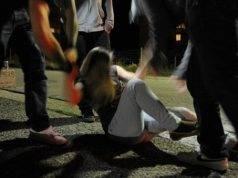 Stupro di gruppo nel centro sociale: condannati 5 teste, coprirono con omertà i colpevoli