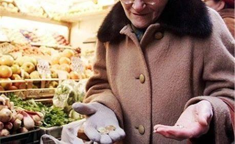 Belluno, pensionata 80enne ruba un pezzo di formaggio e viene portata in questura e denunciata