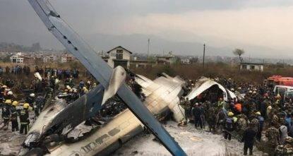 Boeing 737 della Ethiopian Airlines precipita e si schianta: 175 persone a bordo, ci sono vittime