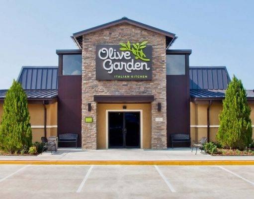 Una donna ha riportato gravi ustioni dopo aver mangiato funghi in un Olive Garden
