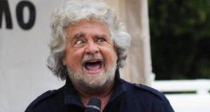 """La battuta di Grillo: """"In Calabria poche domande per reddito di cittadinanza, siete tutti ndranghetisti?"""""""