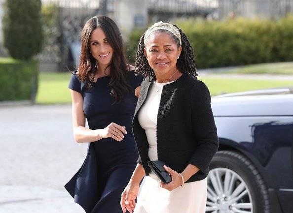 Meghan e Harry sono volati a Los Angeles per trascorrere deltempo con la madre della Duchessa