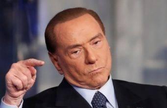 """Reddito di Cittadinanza, la stroncatura di Berlusconi: """"Una"""