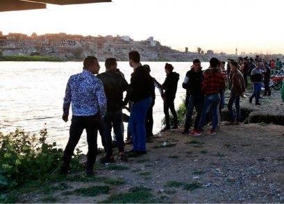 Iraq: traghetto si ribalta sul Tigri a Mosul, almeno 60 morti