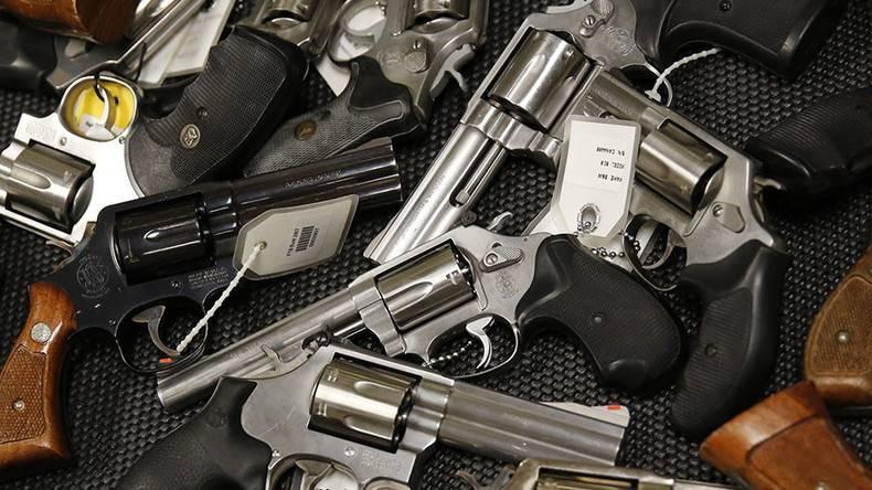 I Democratici invocano a un gun control molto più rigido, ma Trump non ci sta