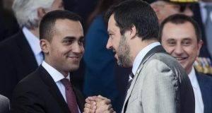 """Aumento IVA, Di Maio: """"Se Tria vuole aumentarla è meglio che si dimetta"""""""