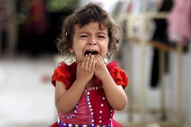 L'Arabia Saudita bombarda una scuola in Yemen: 13 scolare uccise. Il silenzio dei media