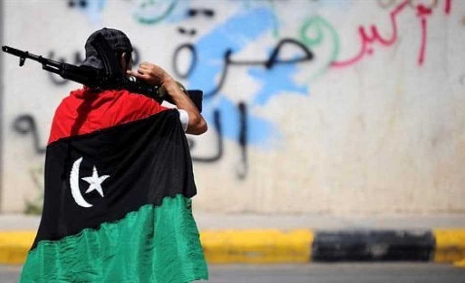 Libia nel caos. Scontri a Tripoli, 120 morti. 13.500 sfollati. Rischio esodo verso l'Italia