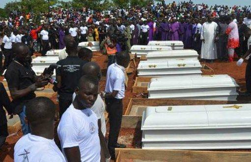 Nigeria, strage di cristiani durante un battesimo: uccisa anche la madre del neonato
