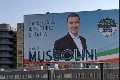 Caio Mussolini bloccato da Facebook: