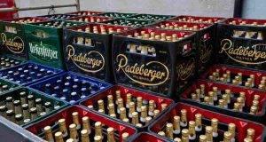 Arrivano in nazisti, scompare la birra