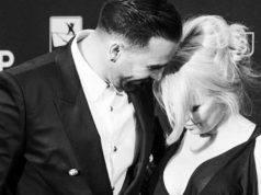 Pamela Anderson scarica Rami