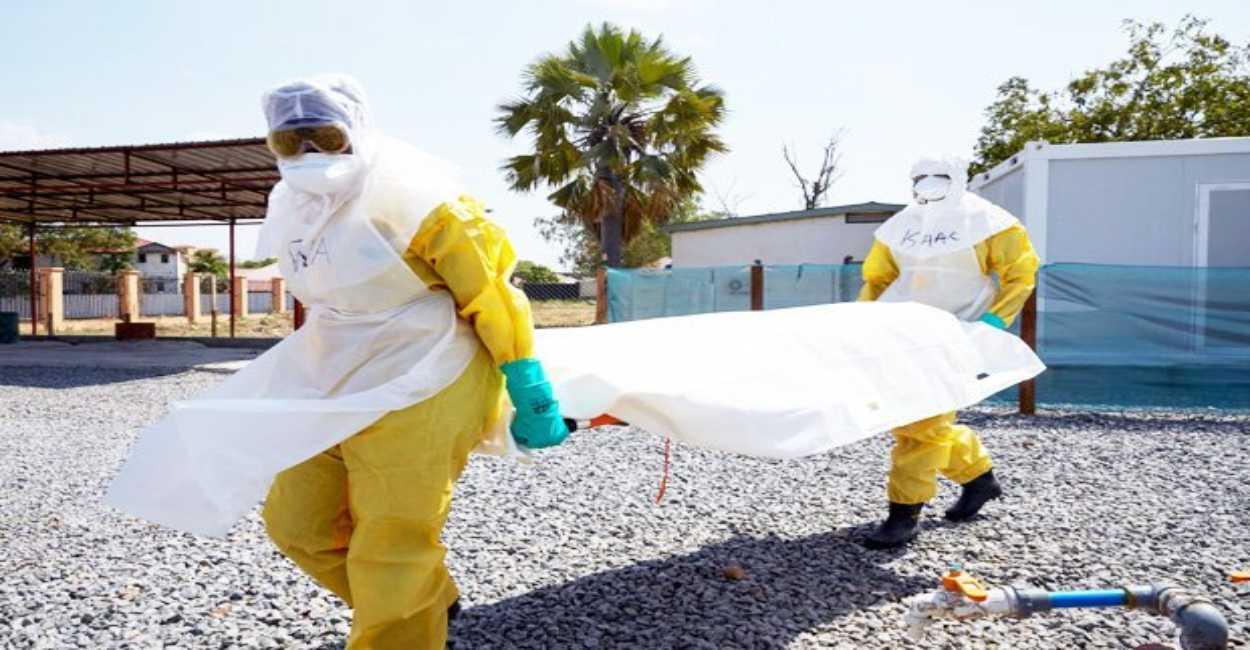 ebola uganda bambino