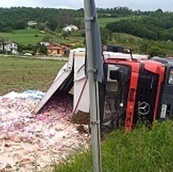 Dolce incidente in autostrada