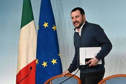 TASSE PER GLI ITALIANI Accadrà dal prossimo anno, l'annuncio di Matteo Salvini