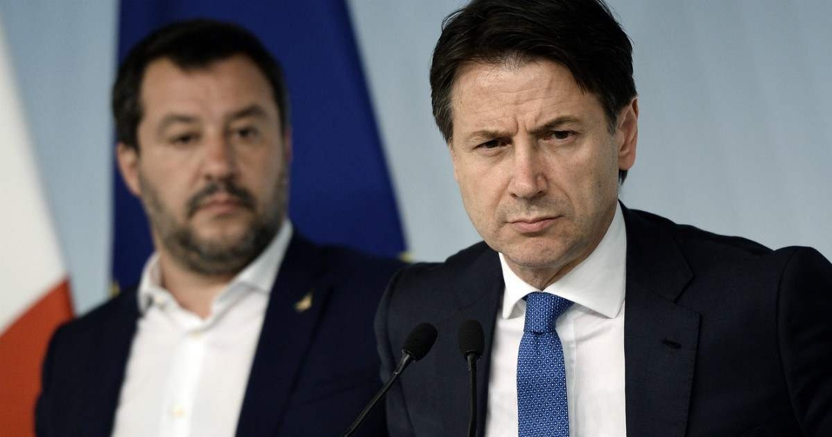 Senato, duello Salvini Conte