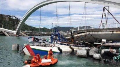 Taiwan, crolla un ponte: almeno 14 feriti, si cercano dispersi