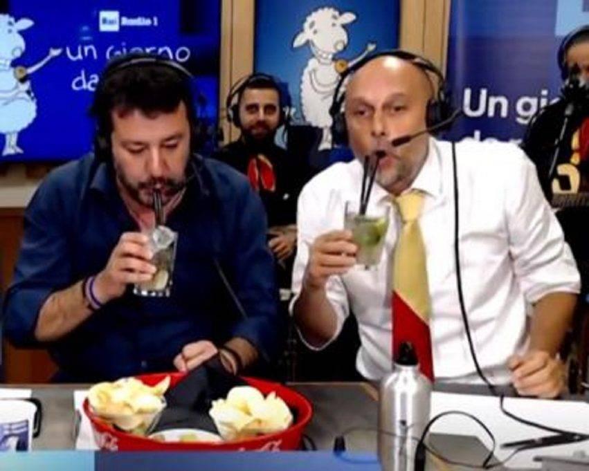 Salvini beve un mojito durante Un giorno da pecora