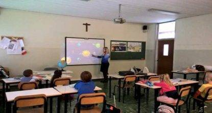 alunno maestra picchia
