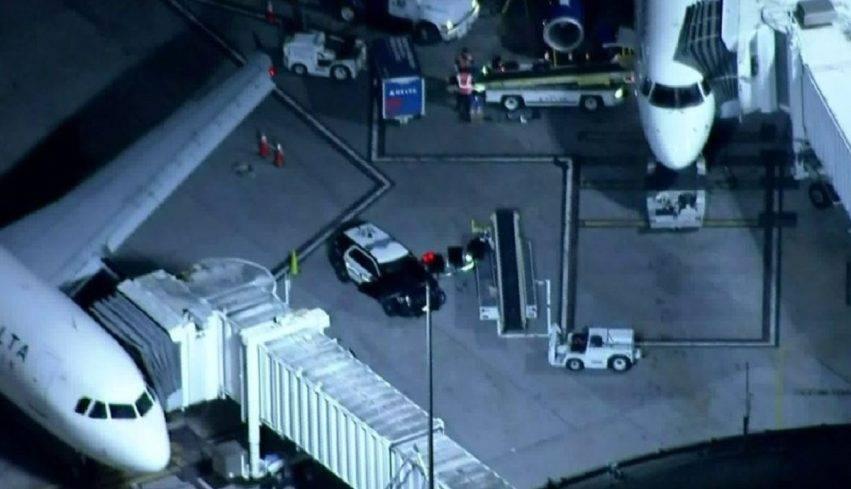 Una bimba è andata in arresto cardiaco a bordo di un aereo