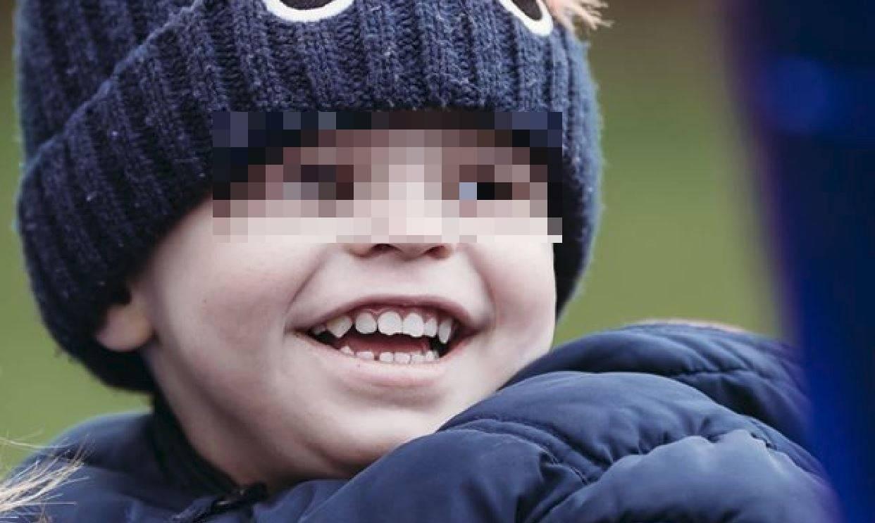 """Bimbo di 3 anni ucciso da un raro tumore al cervello: """"Avevamo raccolto ..."""