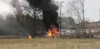 Aereo si schianta dopo il decollo, cinque morti