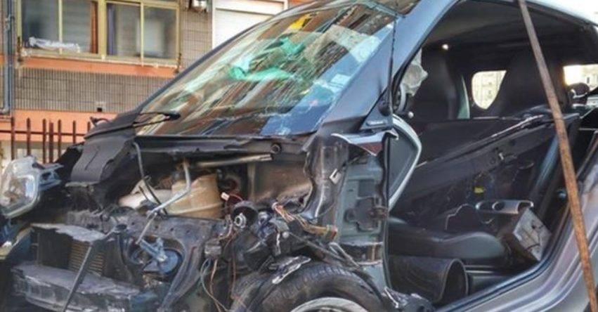 minorenne alla guida si schianta contro un'altra auto