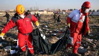 Resti del volo caduto in Iran
