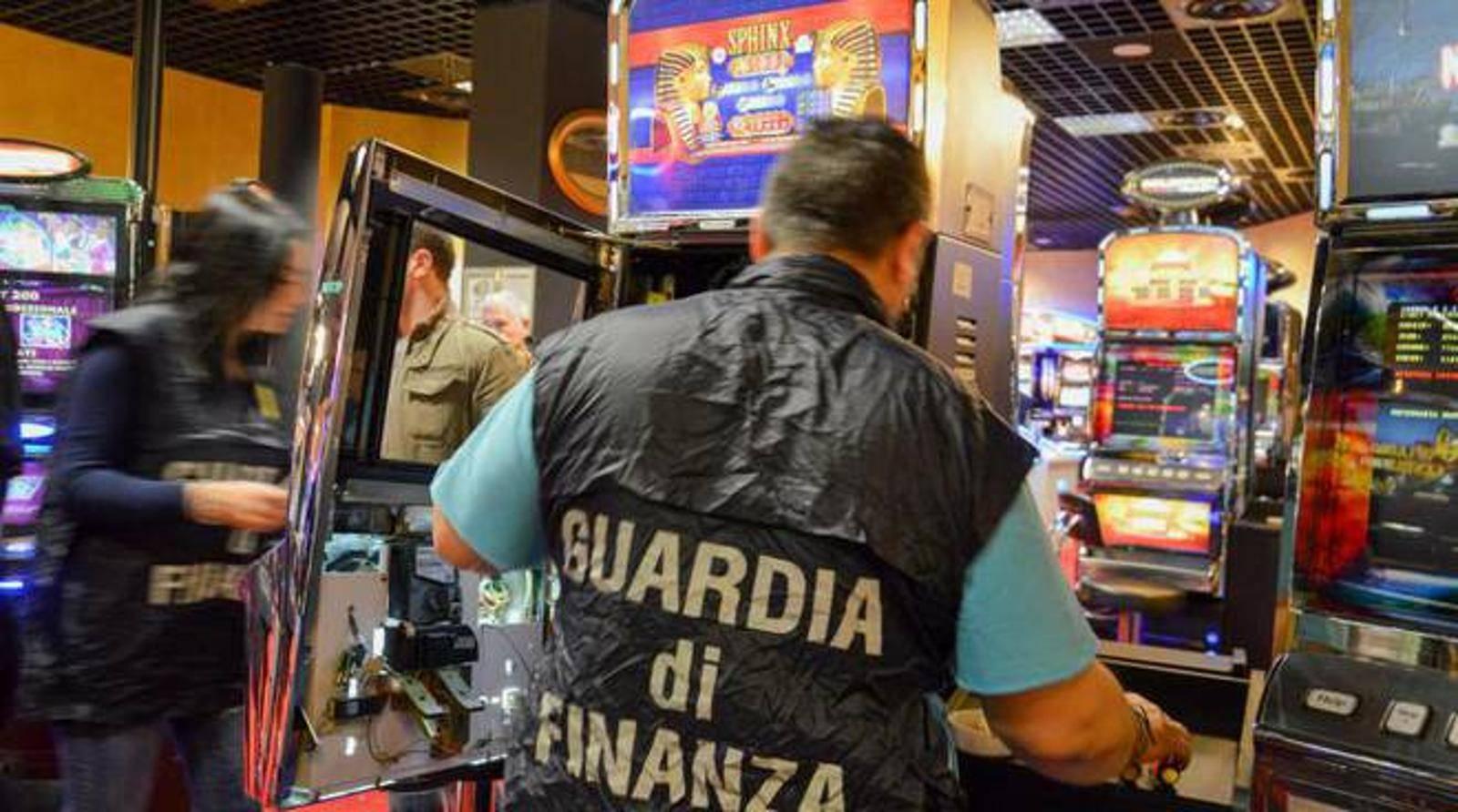 Slot machine illegali