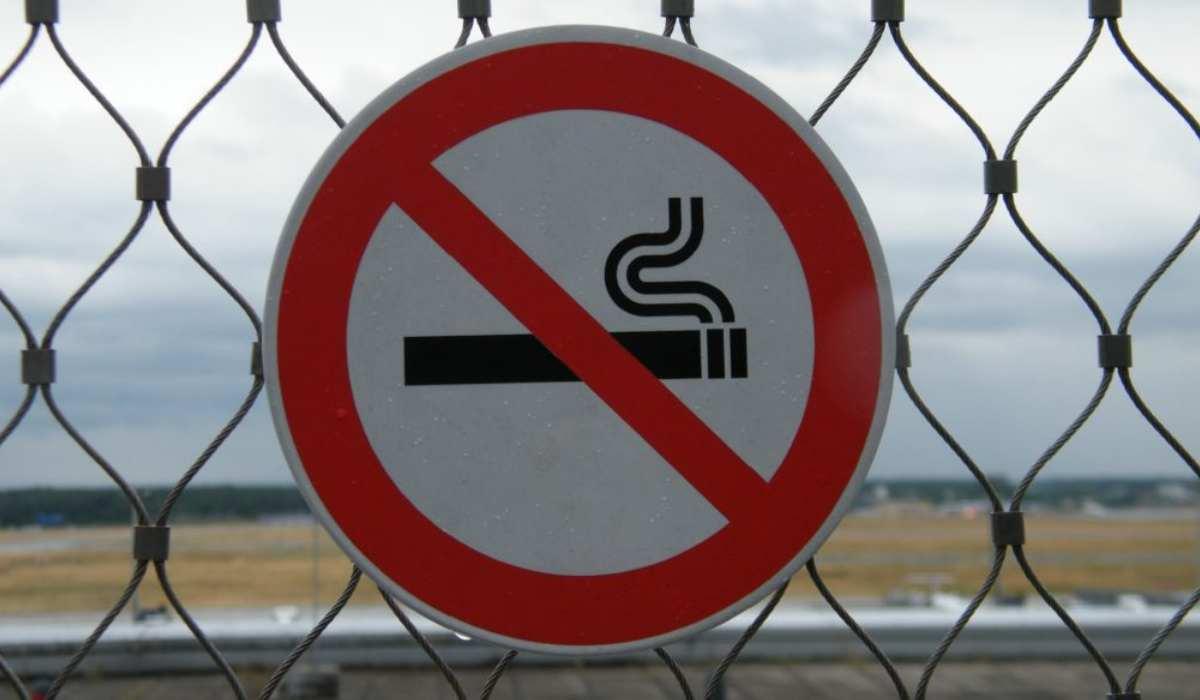 Stop al fumo all'aperto entro il 2030? Ecco cosa ha detto il