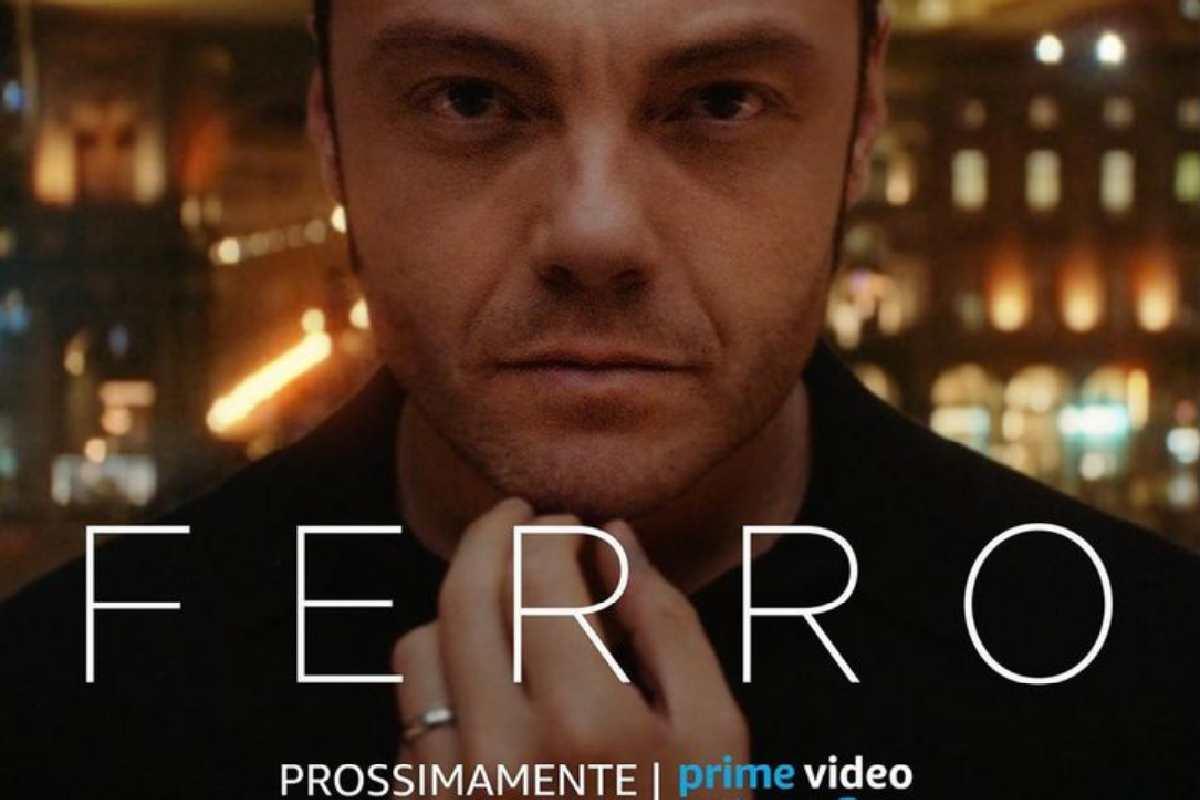 Tiziano Ferro, annuncio: il documentario 'Ferro' uscirà su P
