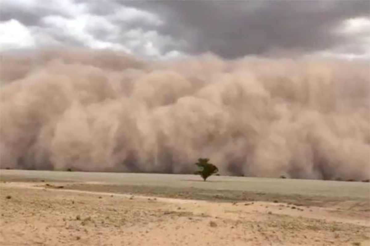 Australia, altro segno apocalittico: dopo incendi e alluvione arriva lo tsunami di sabbia