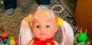 in vendita bambola transgender