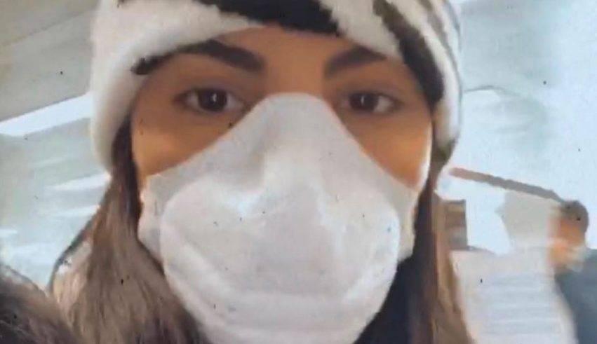 De Lellis con la mascherina perchè ipocondriaca
