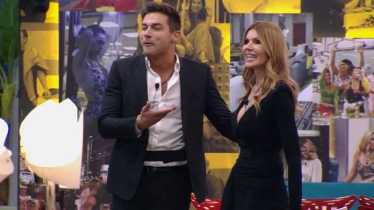 Rita Rusic pubblica il video delle accuse di Elisa De Panici
