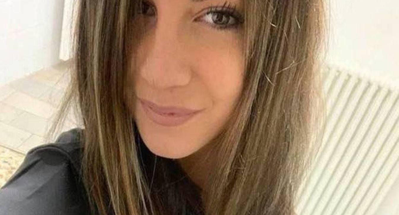 Grave schianto in autostrada |  Valentina è morta a 22 anni insieme al suo cagnolino